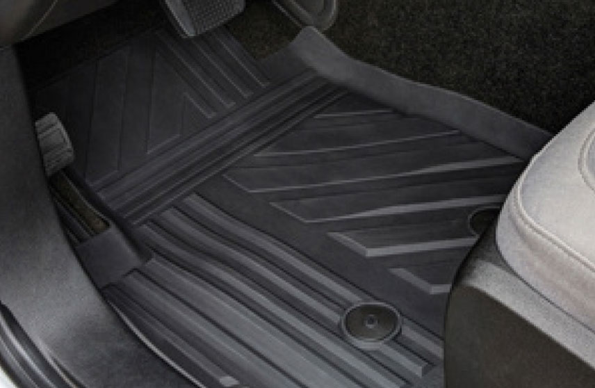 Tapetes de vinil frontales con logo Chevrolet - Negro