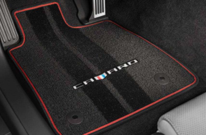 Tapete de alfombra delanteros y traseros con logo Camaro\ contorno rojo